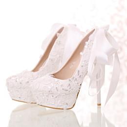New 2017 dentelle blanche paillettes mariée chaussures tête ronde bouche légère avec bowknot chaussure de mariage est haute avec des chaussures de femmes ? partir de fabricateur
