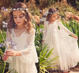Wholesale Long Blue Dresse - Princess Lace Flower Girls Dresse Children V Neck Trumpet sleeve Long Sleeves Girls Pageant Dress Floor Length Country First Communion Dress