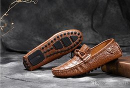 Wholesale Wedding Dresses Styles For Men - 2016 Genuine leather loafers Men Dress Shoes Crocodile Style Oxford Shoes For Men, Casual Driving shoes boat shoes Men Moccasin D42