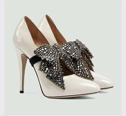 Wholesale White Satin Heels Bow - 2017 Luxury Crystal White wedding Shoes with Bow Datchable High Heel Bridal Eden Heel Evening Party Prom Dress Shoes