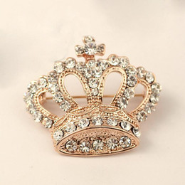 Wholesale Wholesale Decorative Crowns - 2017 Brooch Decorative Garment Crystal Brooch for women Wedding Bridal Shiny Rhinestone Crown Brooch Dress Pin