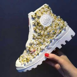 Wholesale White Boots Beaded - 2017 new hand-beaded diamond gem shoes canvas shoes Martin boots fashion new shoes
