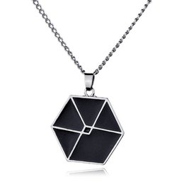 Wholesale Stainless Steel Hexagon - Alloy jewelry popular in Europe and America women's fashion star with simple hexagon pendant necklace Hot