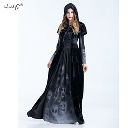 Wholesale Adult Witches Halloween Costume - sexy Medieval Renaissance Adult Witch Gothic Queen of Vampire Black Fancy Dress Halloween Women Men Cosplay Costume OutfitC