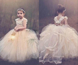 Wholesale Cute Halloween Customs - Cute Ball Gown Flower Girls Dresses 2016 Jewel Sleeveless Lace Up Back Long Girls Party Dresses For Wedding Lace Appliques Pageant Dresses