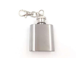 Wholesale Wine Bottle Keychain - 1oz stainless steel mini hip flask with keychain Portable party outdoor wine bottle with Key chains