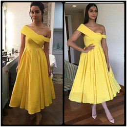 Wholesale Dresses For Short Holidays - Simple Yellow Prom Dresses Tea Length One Shoulder Stain A Line Party Evening Dress For Graduation 2017 Spring Holiday Gown