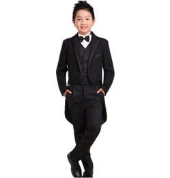 Le smoking pour enfant, fille de fleur, s'habille en costume de smoking pour garçon et garçon, assorti au costume de garçon pour garçon (veste + pantalon + gilet) ? partir de fabricateur