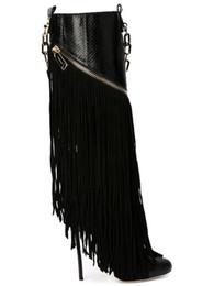 Cadenas de muslo online-Moda Botas hasta el muslo Mujer Nuevo Borla Otoño Botas de tacón alto Mujer Botas con flecos sexy Cadena negra Tacones finos Botas Femininas