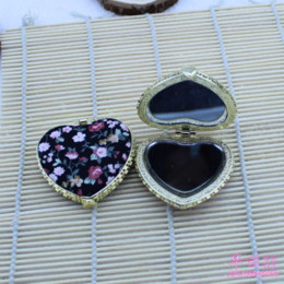 Wholesale Mirror Compact Silk - Free shipping wholesale lots 10 pcs NEW Handmade silk Compact mirrors cosmetic pocket compact makeup mirror gift