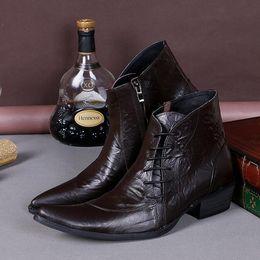 мужчины Скидка Плюс Размер 38-46 Кожаные официальные платья Сапоги мужские Чуккас Обувь Металлические наконечники Копья Мода Мужчины Мартин Панк Рок Boot Man Heels Shoe