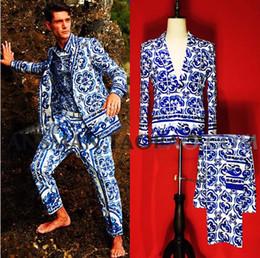 esmoquin negro solo botón Rebajas 2019 Nuevos hombres Ropa Traje Singer Fashion slim Blazer bigbang Traje de porcelana azul y blanca para hombre trajes de talla grande trajes de rendimiento S-5XL