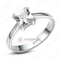 Wholesale cut diamond shape - Yoursfs Clear square Princess Cut Shape Crystal Solitaire Rings 18K White Gold Plated Simulated Diamond Wedding Ring for Women charm Jewelry
