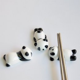 Wholesale cute pen holders - Cute Panda Chopsticks Rack Hand Made Ceramics Pen Holder Porcelain Spoon Fork Knife Chopstick Stand Kawaii 1 48aj B R