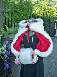 2016 mini princesa de nieve nupcial cabo hecho a mano satinado longitud de la cintura reversible capas de boda con borde de piel desde fabricantes