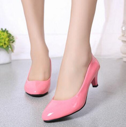 Wholesale White Wedding Heels Work Women - Super beautiful pink patent around head low heels comfortable working shoes women shallow single shoes low heels Leather shoes