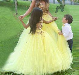 vestidos personalizados do baile de finalistas dos miúdos Desconto Custom Made Impressionante Amarelo vestido de Baile Vestidos Da Menina de Flor para o Casamento Meninas Pageant Vestidos Crianças Vestido de Festa Baratos Crianças Prom Vestidos