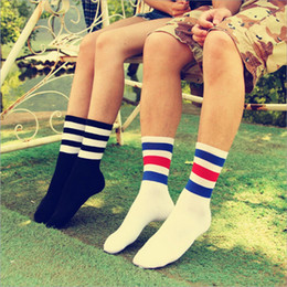 Wholesale Boys Baseball Socks - Wholesale-Fashion 1Pair cotton 3-tripes unisex Cotton stripe Men Boy Baseball Football Soccer Basketball Sport Ankle Mid Socks Casual