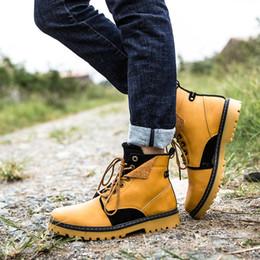 e495e9c62a 2017 a Marca Homens Sapatos de Outono Manter Homens Quentes Botas de Inverno  de Moda Estilo Vintage Masculino Sapatos Da Motocicleta de Alta-Cut Homens  ...