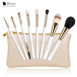 Wholesale natures hair - Ducare Make Up Brushes 8pcs Brush Set Professional Nature Bristle Brushes Beauty Essentials Makeup Brushes with Bag Top Quality Tools Kit