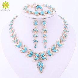 Wholesale Classic Women Dresses For Wedding - Fashion Jewelry Sets For Women Tree Leaf Earrings Necklace Gold Silver Plated Classic Pendant Wedding Dress Accessories