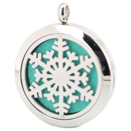Wholesale White Felt Snowflakes - 40pcs Snowflake 316 Stainless Steel Pendant Necklace Premium Aromatherapy Essential Oil Diffuser locke With 40pcs chain and 200 Felt Pads