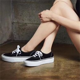 Wholesale Cake Platform - Old Skool Platform Casual Shoes 2017 Newset Classic Letters Jointly Signed Ponge Cake Deep Sole White Black Leather Casual Shoes for Girls