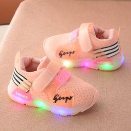 Wholesale Child Sport Fashion Shoes Wholesale - NEW Fashion Children Lights LED Rechargeable Light shoes Children's Shoes colorful luminous Flash Soft Sports Shoes For Girls Boys A7284