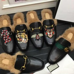 Wholesale Lazy Men - Top quality Men fur Scuffs fashion Animal prints lazy Loafers rubber genuine leather flat Moccasins snake bee tiger lion slipper Boots
