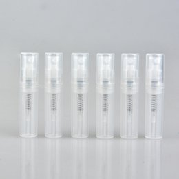 Argentina Venta al por mayor 700 Unidades / Lote Mini Botella de Perfume de Plástico 2ML con Pulverizador Paquete de Prueba de Perfume de Cosméticos Vacíos Vial Con Atomizador Para Viajero Suministro