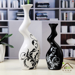 Wholesale Wholesale White Ceramic Vase - black and white couple vase Modern stylish ceramic vase !,crafts ornaments , home decoration, furnishing , creative,abstract
