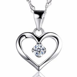 Aniversário prateado on-line-Elegante 925 Sterling Silver Zircônia Cúbica CZ Oco Coração Pingente de Colar Colllar Mulheres de Aniversário de Casamento Jóias