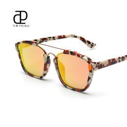oversize vintage brille großhandel Rabatt Wholesale-FEIDU Vintage ABSTRAKT Sonnenbrille Frauen Marke Designer Oversize Flache Linse Sonnenbrille Für Frauen Oculos De Sol Feminino Mit Box