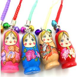 2016 vendita calda mini bambola russa con artigianato in legno ciondolo turismo souvenir regalo accessori bambola giocattolo da sd bjd bambola occhi fornitori