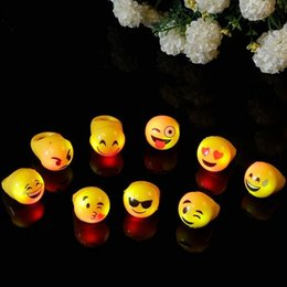 Wholesale Fast Shipping led finger light Light Up Emoji Jelly Rings Emoticon Flashing LED Emotions Favors Blinking F2017400