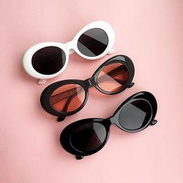 Wholesale Glass Lens Sunglasses Cheap - 2018 New UV400 Vintage Unisex Clout Goggles Fashion Oval Cheap Kurt Cobain Sunglasses for Men and Women Designer Sun Glasses