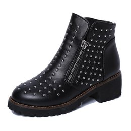 Wholesale Ladies Pu Sole Shoes - Wholesale-New 2016 Autumn Early Winter Shoes Women Martin Boots Fashion Women's Boots Thick Sole Rhinestone Brand Ladies Ankle Botas ZH851