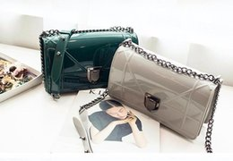 Wholesale Jelly Bags Trend - Women Chain Bags Handbags 2016 New Korean Mini Bag Jelly Colours Diagonal Shoulder Bag Day Clutch Trend Flap Bolsas Femininas