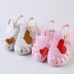 Wholesale Jelly Heart Sandals - Jelly Girls Sandals Crystal Shoes Peace Pigeon Love Heart Kids Shoes Candy Smell Sandals Non-Slip 14-19CM Size 24-29 Pink White