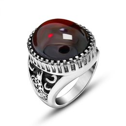 Wholesale Red Titanium - Europe and the United States retro animal relief red and black agate domineering men ring fine titanium steel men's ring ring accessories