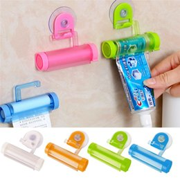 Wholesale Toothpaste Tube Holders - Bathroom Set Accessories Rolling Tube Tooth Paste Squeezer Toothpaste Dispenser Holder Bathroom Products Wall Hanger