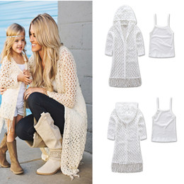 Wholesale Coats For Mother - New Fashion Family Clothing Mum Girl Tassel Hollow Cardigan Coat Tank Tops 2pcs Sets For Mother And Daughter Clothes Set Suits White A6863