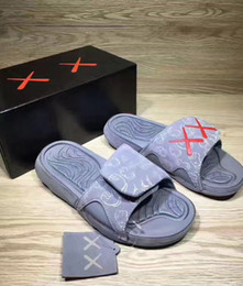 Wholesale Cool Shower Lighting - 2017 Summer KAWS x Airs Cool Grey XX Retro 4 Night Light Suede Slippers Hydro IV 4s Sandals Mens Casual Slides Slipper 40-46