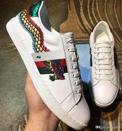 Wholesale Leather Dragon - Italian designer mens shoes Top luxury Embroidery dragon Genuine leather men casual shoes Handcrafted classic restore model 69580142