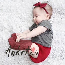 Wholesale Newborn Boy Bloomers - INS Newborn kids outfits baby boys girls short sleeve T-shirt+bloomers 2pc clothing sets toddler kids cotton summer clothing T4140