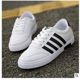 4e3432a6a1f0 2017 Frühling und Herbst Herrenschuhe koreanische Version des Trends von  Casual Schuhe Studenten Leinwand kleine weiße Schuhe Männer Größe 39-44  Free ...