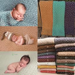 Backdrops bleu en Ligne-70 * 50cm tricot Bobble Wraps Mini petite boule Wraps nouveau-né bébé photographie décors fond nouveau-né Fotografia couverture accessoires