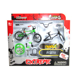 Wholesale Flick Trix Finger Bikes - Wholesale-4Pcs Professional Flick Trix Finger Bmx Bikes Bicycle Bicicleta Fingerboard Fun Toy For Boys With Gadget Random Color Delivery