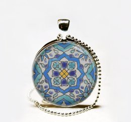 Wholesale Hot Sale Moroccan tile Necklace Spanish tile art pendant Glass cabochon Necklace Mediterranean ceramic tile design necklace jewelry