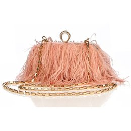 Piuma da portafoglio online-Luxy Moon Designer Ostrich Fur Feather Wallet Pochette da donna Clutch Diamond Knuckle Rings Dinner Evening Bag Chain Purse ZD855